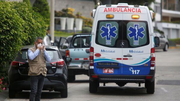 Ambulancia en Perú - Sputnik Mundo