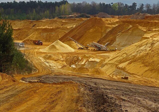 Trabajos de minería (imagen referencial)