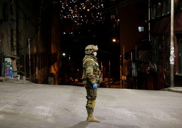 Un soldado boliviano en La Paz
