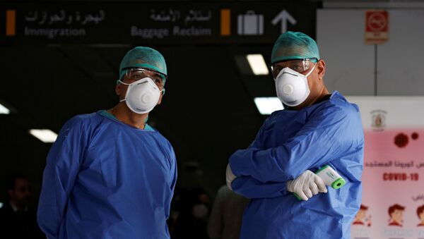 Médicos en el aereopuerto de Damasco - Sputnik Mundo