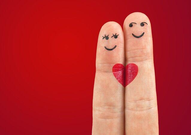 Las caritas pintadas en los dedos (imagen ilustrativa)