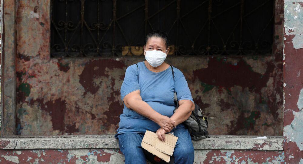 Suben a 981 los casos confirmados de coronavirus en Ecuador