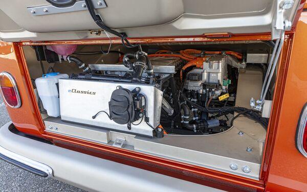 El motor de la furgoneta e-Bulli - Sputnik Mundo