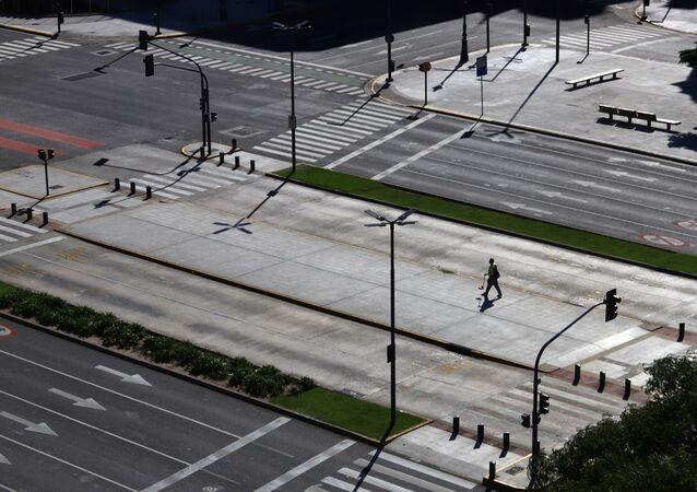 Carretera en Buenos Aires, argentina, durante el brote de coronavirus