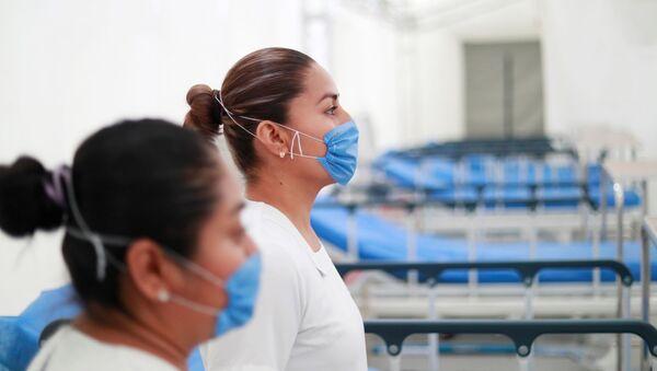 El hospital inflable en Pachuca instalado para atender casos de coronavirus, México - Sputnik Mundo