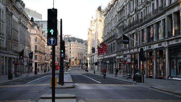 Las calles vacías de Londres a causa de propagación de coronavirus - Sputnik Mundo