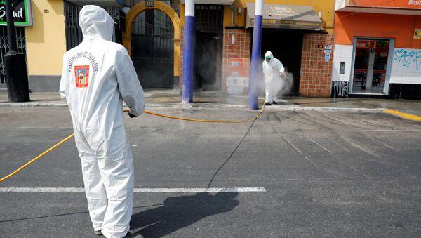 Desinfectación de las calles en Perú - Sputnik Mundo