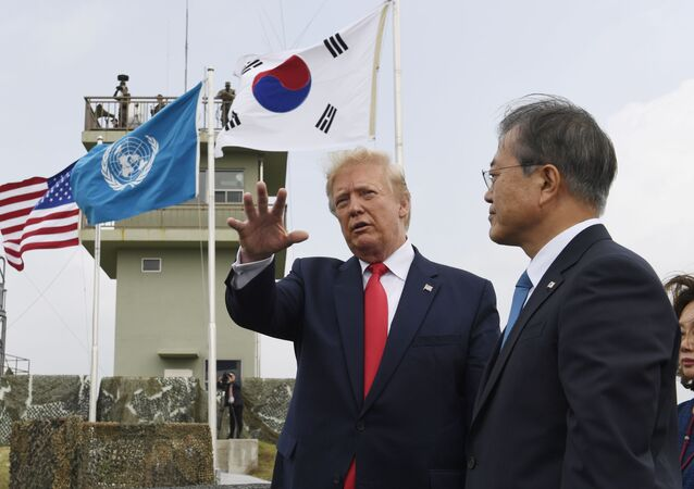 Donald Trump y Moon Jae-in, presidente de Corea del Sur