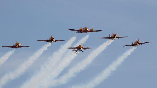 Grupo acrobático ruso 'First flight' ('Primer vuelo') - Sputnik Mundo