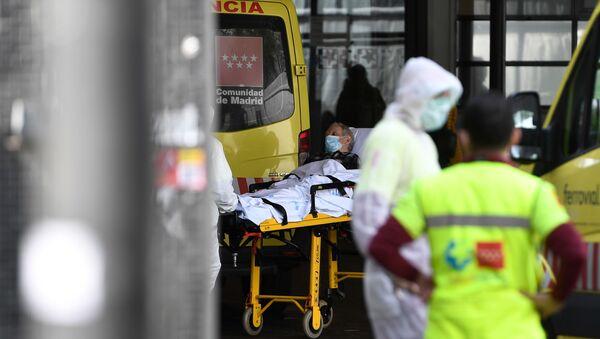 Paciente en el Hospital de La Paz en Madrid (imagen referencial) - Sputnik Mundo