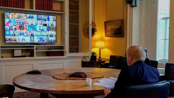 Boris Johnson, primer ministro del Reino Unido, durante la videoconferencia del G20 - Sputnik Mundo
