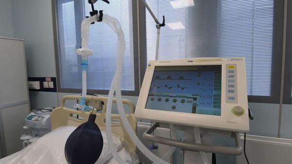 Respirador artificial (Archivo) - Sputnik Mundo