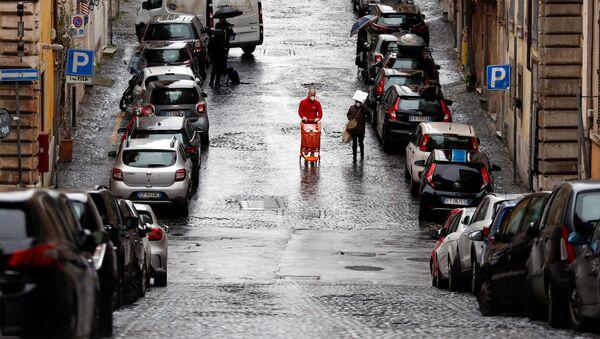 Una calle en Roma durante la cuarentena por coronavirus - Sputnik Mundo