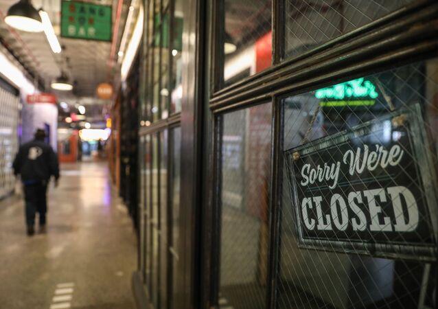 Una tienda cerrada en EEUU durante el brote de coronavirus