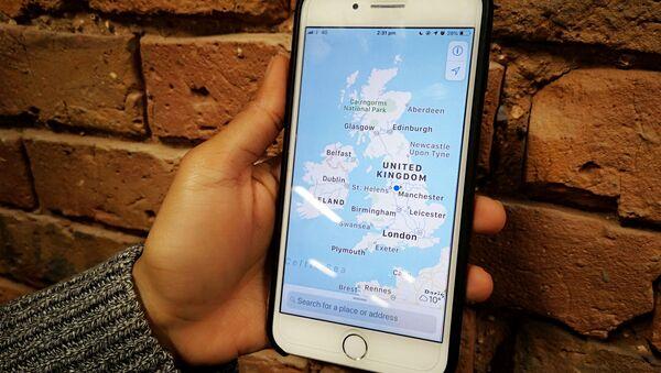 Mapa de Reino Unido en un teléfono móvil - Sputnik Mundo