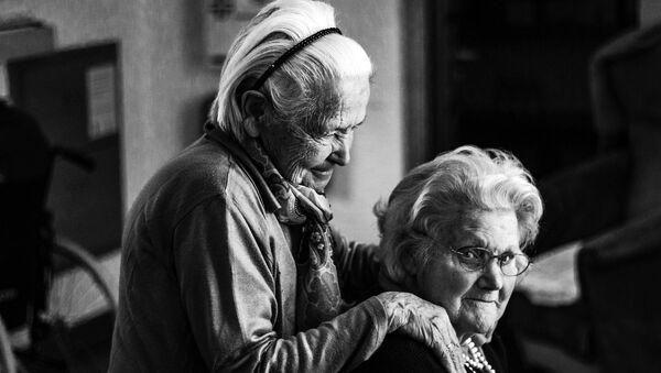 Dos ancianas - Sputnik Mundo