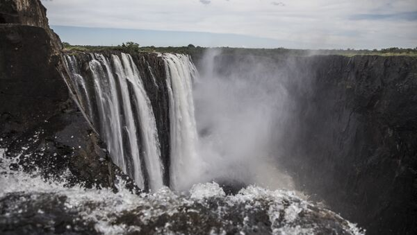 Las Cataratas Victoria en Zambia - Sputnik Mundo