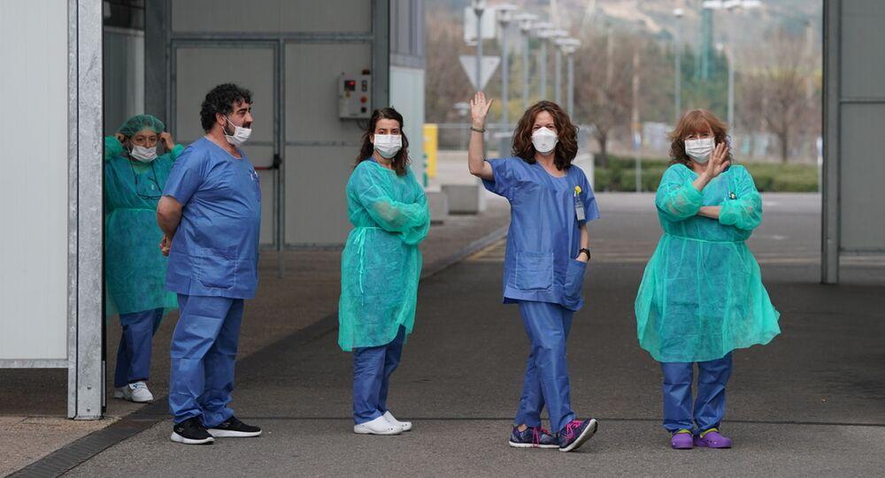 Sanitarios españoles