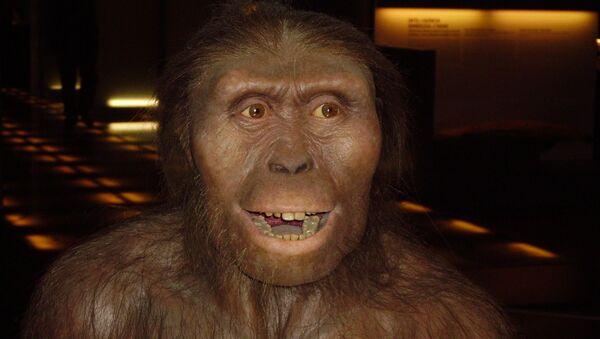 Un hombre prehistórico, imagen referencial - Sputnik Mundo