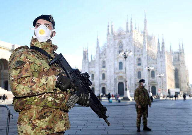 Militares italianos en Milán
