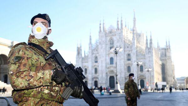 Militares italianos en Milán - Sputnik Mundo