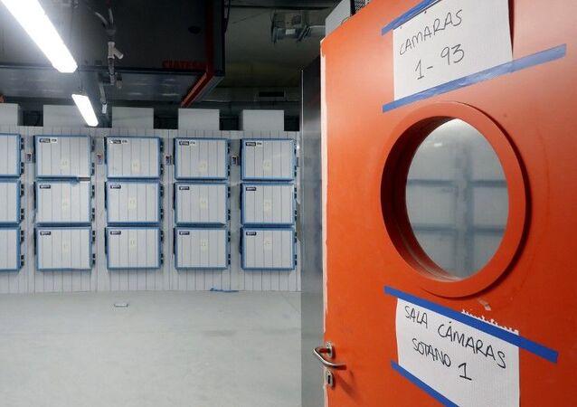 Interior de la  morgue en la Ciudad de la Justicia en Madrid