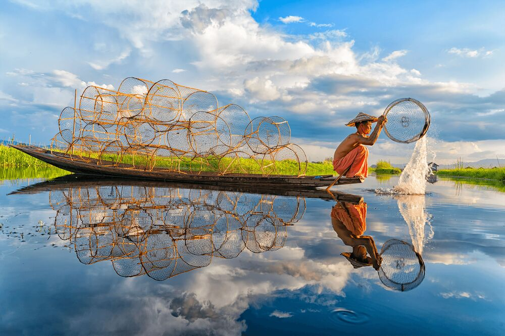 La foto 'Pescando', de un fotógrafo vietnamita, presentada en el concurso The World's Best Photos of #Water2020.