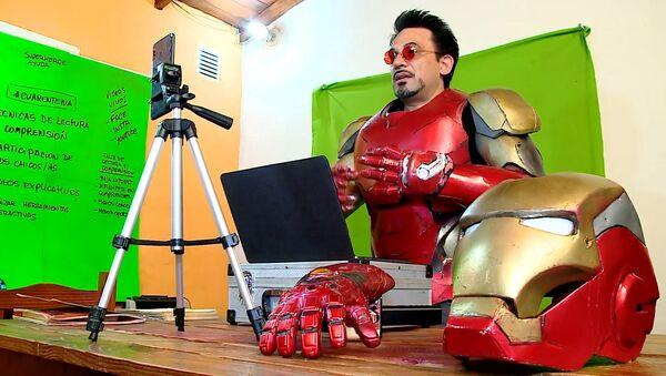 'Iron Man' habla con los niños argentinos sobre el COVID-19 - Sputnik Mundo