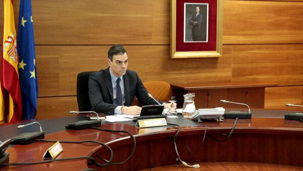 El presidente del Gobierno español, Pedro Sánchez, anunció que su Consejo de Ministros aprobará el 28 de abril un plan para relajar de forma gradual las medidas de confinamiento dictadas hace más de un mes para contener el avance del coronavirus. - Sputnik Mundo