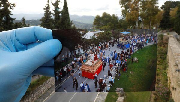 La fiesta se queda en fotos: cómo el virus afectó a la Semana Santa en una ciudad española    - Sputnik Mundo