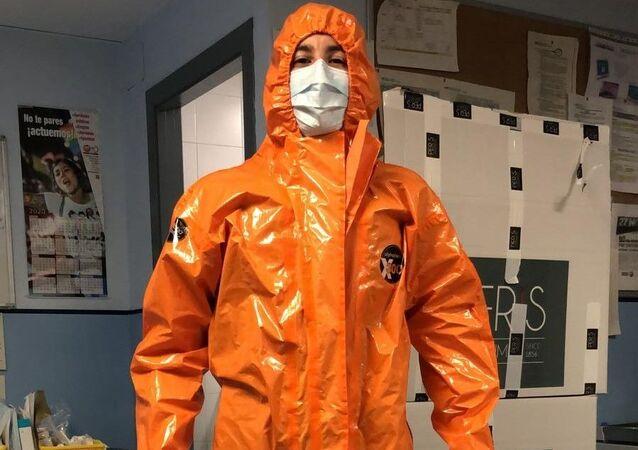 Monos de 'Chernóbil' donados por Peris Costumes