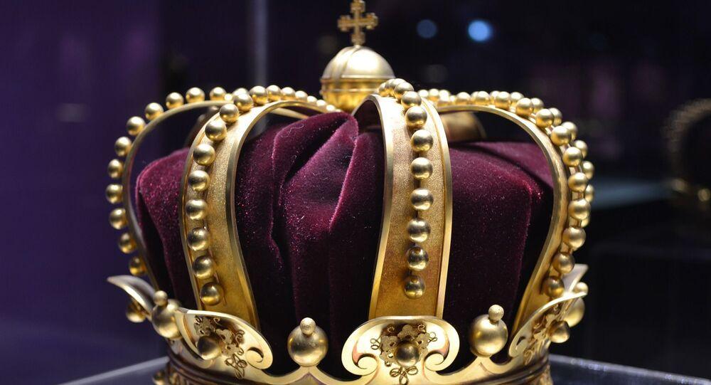 Corona. Realeza. Imagen referencial