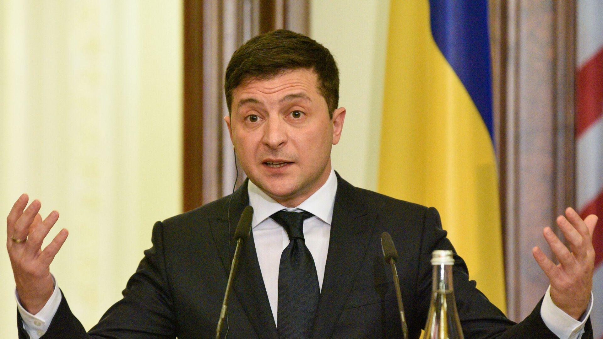 Volodímir Zelenski, presidente de Ucrania - Sputnik Mundo, 1920, 03.02.2021