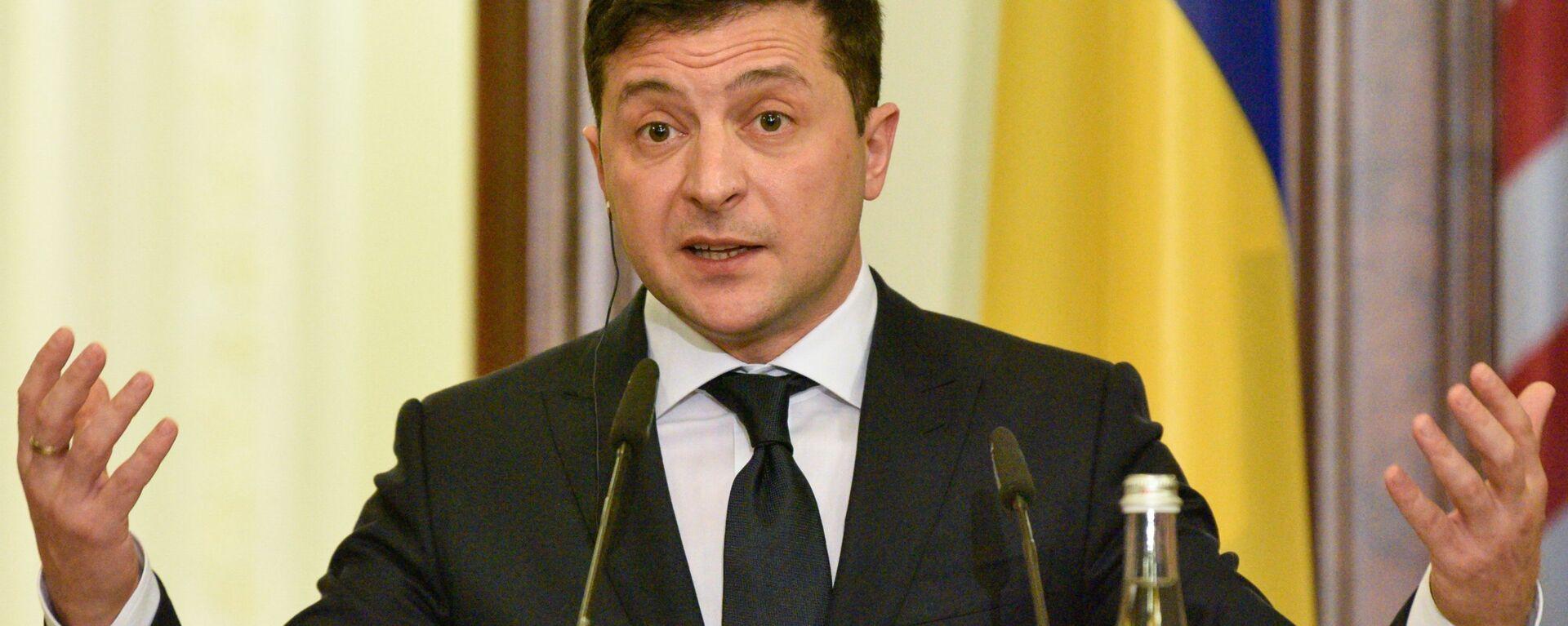 Volodímir Zelenski, presidente de Ucrania - Sputnik Mundo, 1920, 08.05.2021