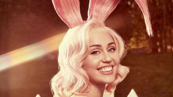Miley Cyrus, cantante estadounidense - Sputnik Mundo