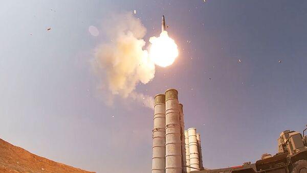 Así es como los S-400 repelen un ataque enemigo - Sputnik Mundo