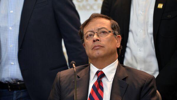 Gustavo Petro, excandidato presidencial y líder de la oposición en Colombia - Sputnik Mundo
