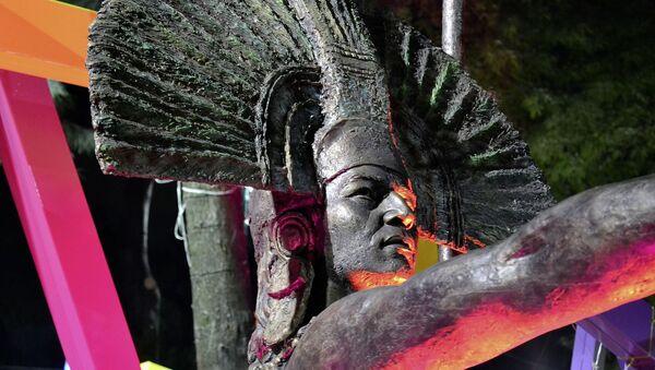 Escultura de azteca - Sputnik Mundo