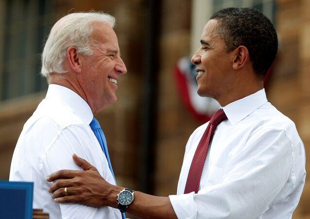 El ex presidente de EEUU, Barack Obama con el candidato presidencial del Partido Demócrata, Joe Biden