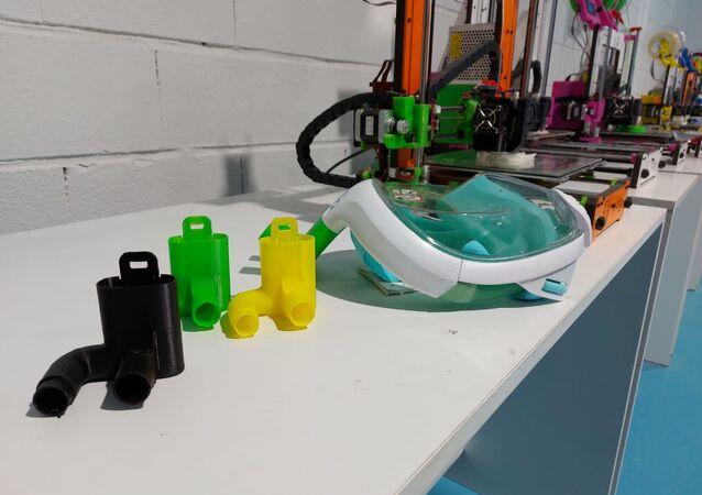 Máscara de buceo y válvulas para hacer de conector con el respirador