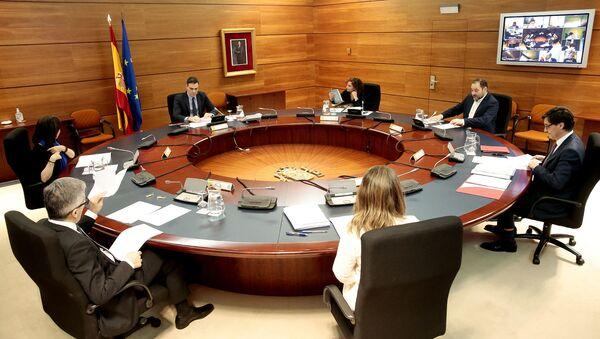 Reunión en La Moncloa. Gobierno español - Sputnik Mundo