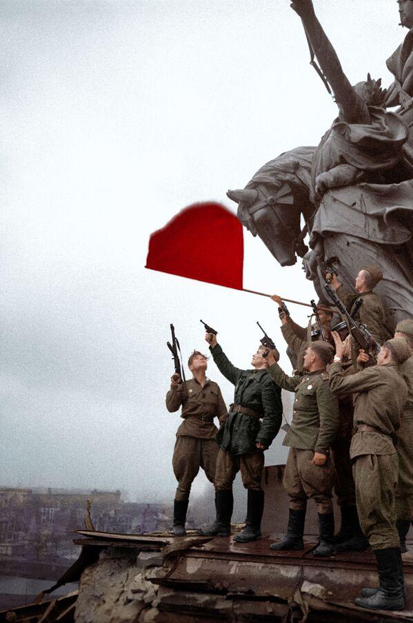 Los escenarios de la Segunda Guerra Mundial y sus protagonistas, en color - Sputnik Mundo
