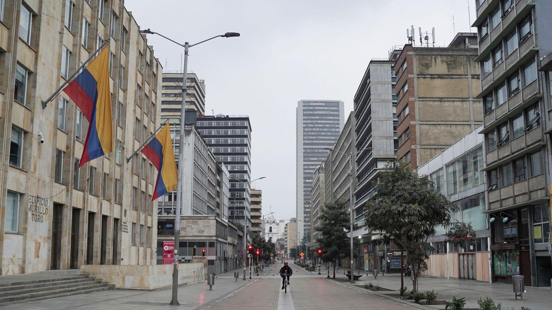 Las calles vacías de Bogotá durante la cuarentena por el coronavirus - Sputnik Mundo, 1920, 29.03.2021