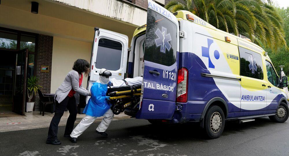 Una ambulancia en Abadino, España