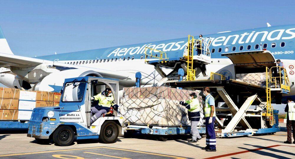 El avión de Aerolíneas Argentinas con insumos para COVID-19