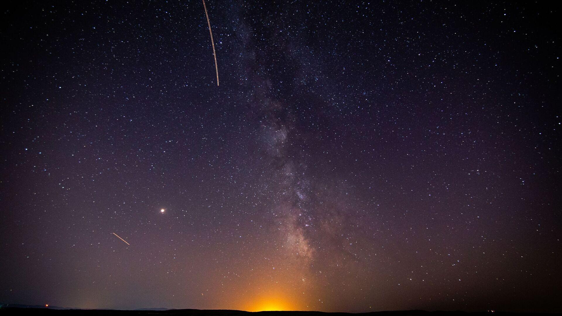 Un meteoro (imagen referencial) - Sputnik Mundo, 1920, 01.08.2021