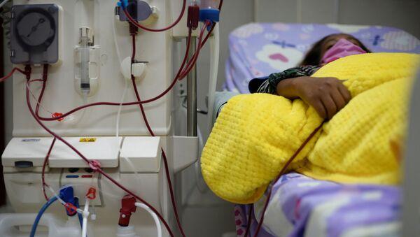 Una paciente en un hospital (imagen referencial) - Sputnik Mundo