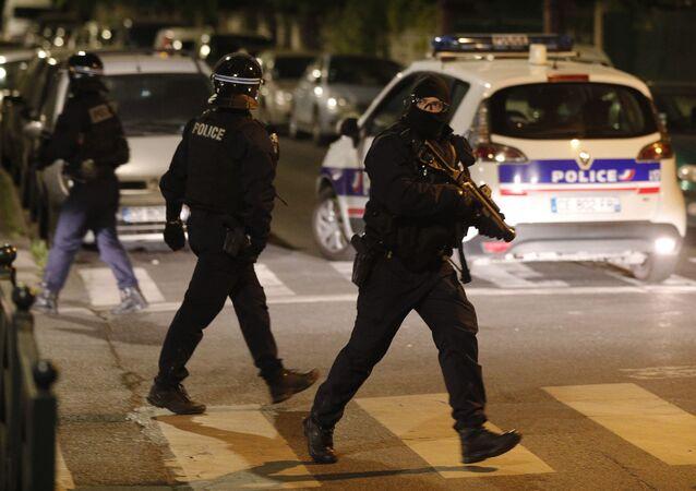 Policías franceses (imagen referencial)