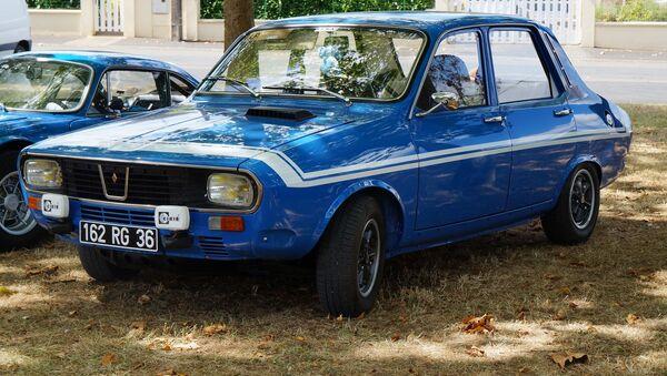 Un Renault 12 - Sputnik Mundo