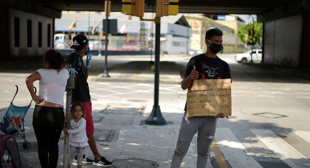 Migrantes venezolanos en Ecuador durante el brote de coronavirus